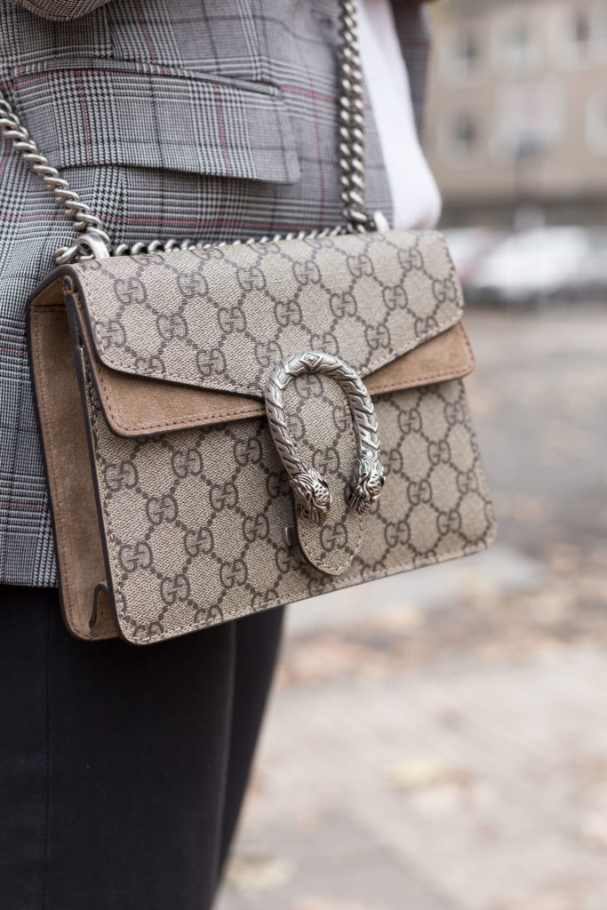Tasche mieten Handtasche ausleihen Gucci It-Bag braun Schnalle Rebecca Garcia