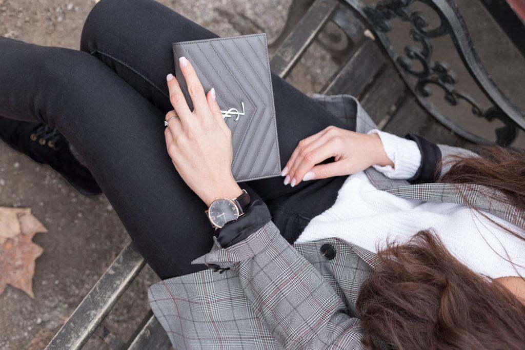 Tasche mieten Handtasche leihen YSL Saint Laurent Abendtasche grau Rebecca Garcia